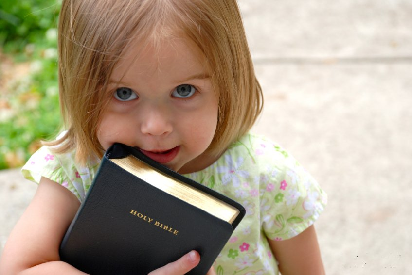 1503594298_girl-with-bible